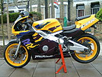 groups/motorbikes-all-things-2-wheeled-picture6643-my-old-cbr-400.jpg
